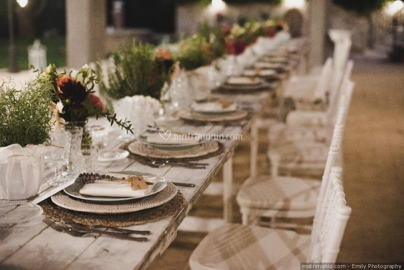 Matrimonio Shabby Chic Lombardia : Tavolo shabby chic di le bontà del borgo foto