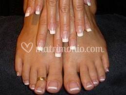 Ricostruzione con french manicure