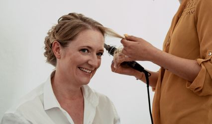 Marta Buzio Hairstylist 1