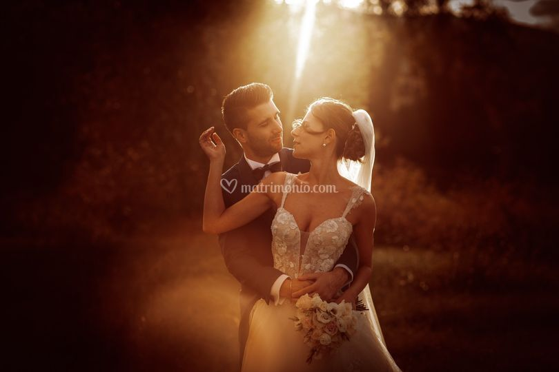 Sposi luce tramonto