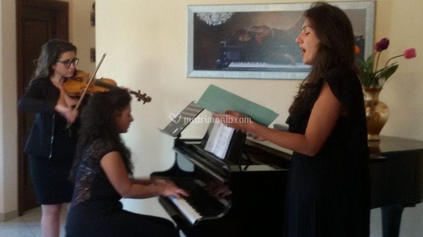 Trio sweet melody