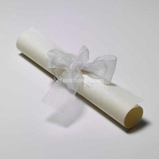 Pergamena con fiocco avorio