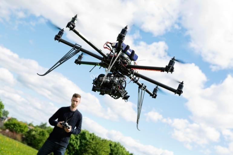 Drone in decollo