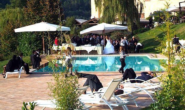 Valle rosa restaurant for Matrimonio bordo piscina