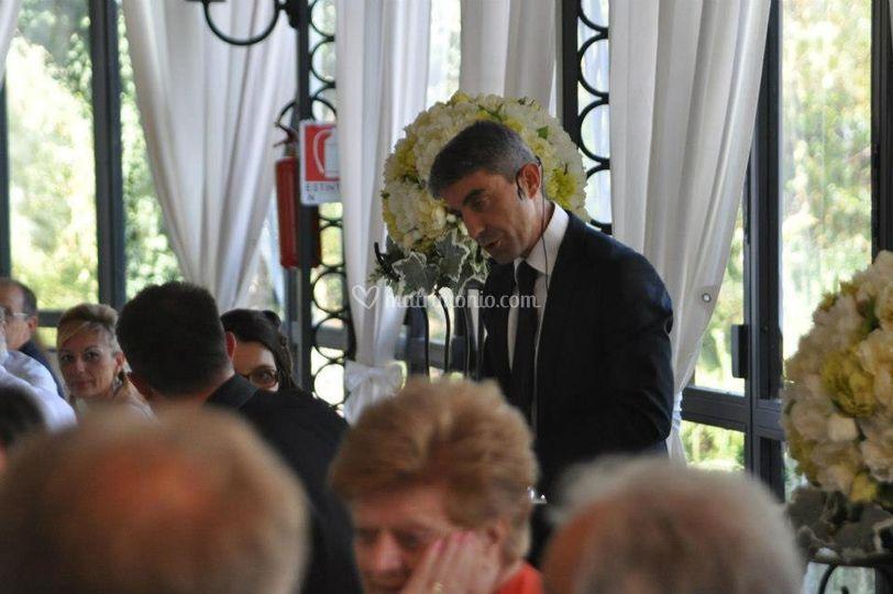 Ai tavoli ad un matrimonio
