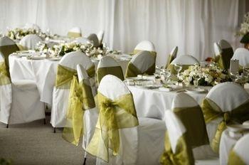 Come addobbare le sedie del banchetto di nozze