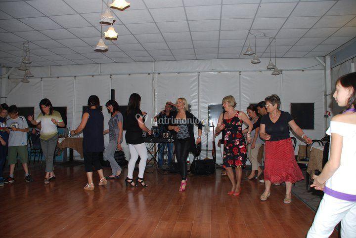Animazione balli di gruppo