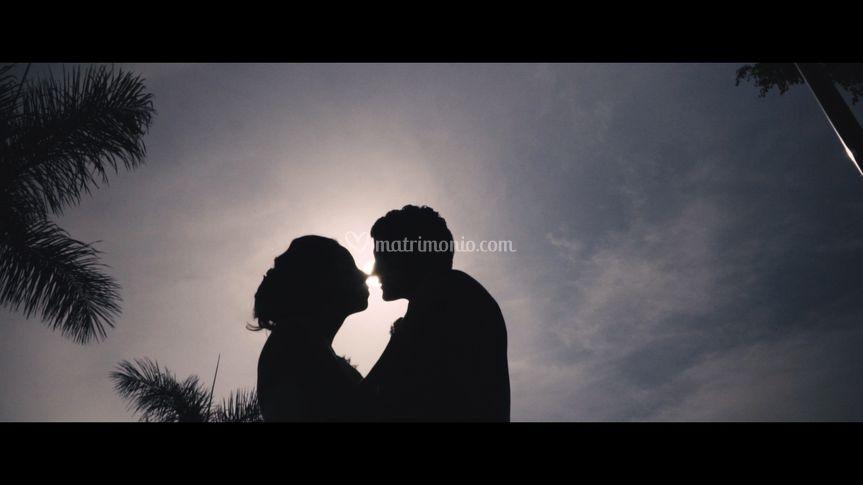 Un bacio in silhouette