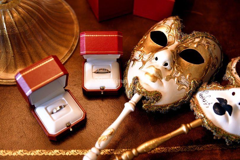 Maschere ed anelli