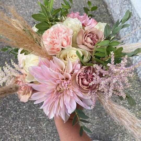 L'apostrofo Bianco Bouquet