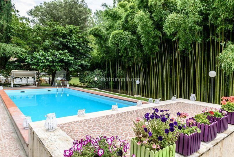 Piscina & Bamboo 2
