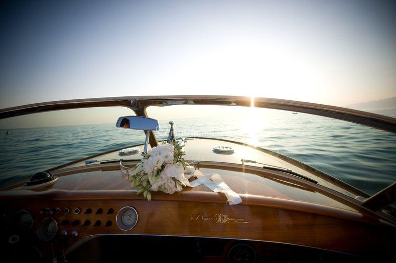 Arrivo degli sposi in barca
