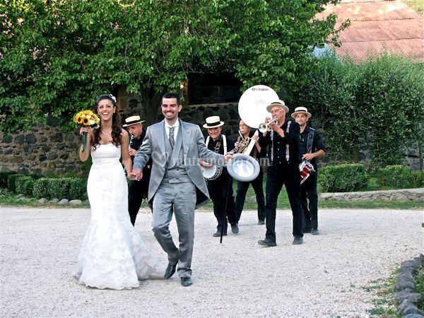 Matrimonio In Jazz : Matrimonio lago martignano di fire dixie jazz band foto