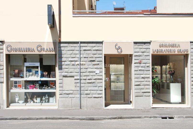 Vista esterna negozio