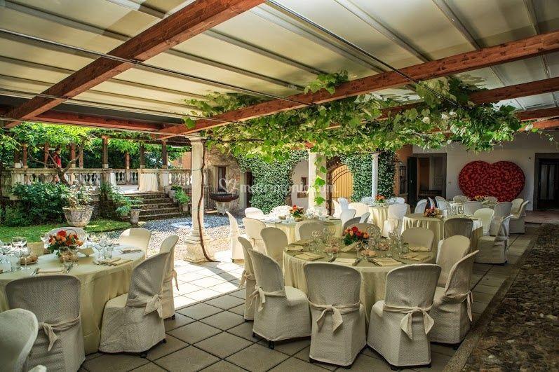 https://cdn0.matrimonio.com/emp/fotos/2/5/8/7/villa-teodolinda-27_2_92587.jpg