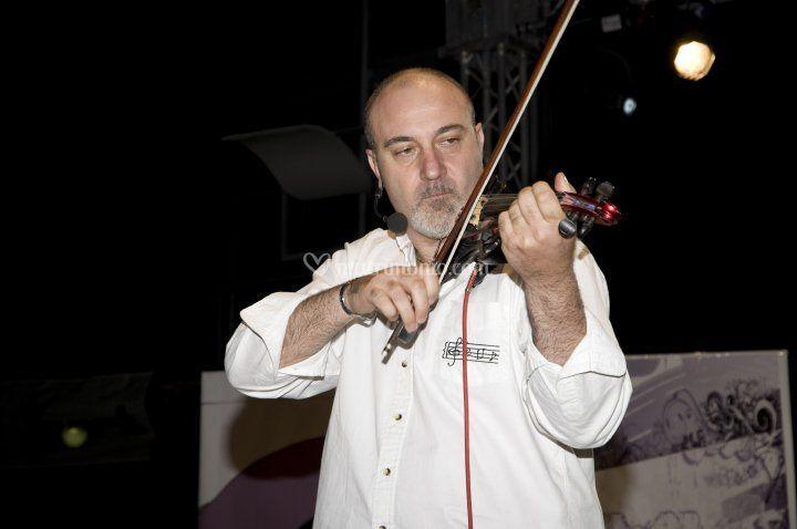 Felice D'Amico al violino