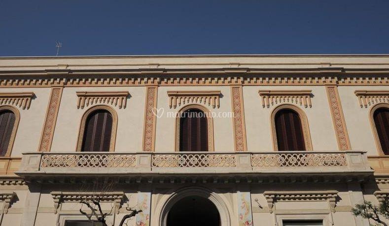 Esterno di palazzo pugliese foto 4 - Pilozzo da esterno ...