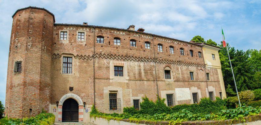 Castello dei Solaro - Diurna