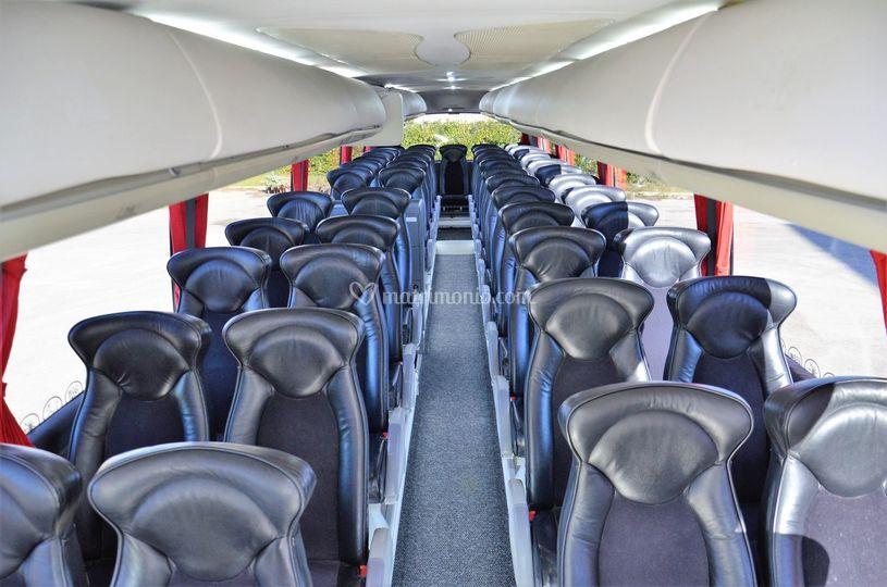 Interno bus 52 posti vip