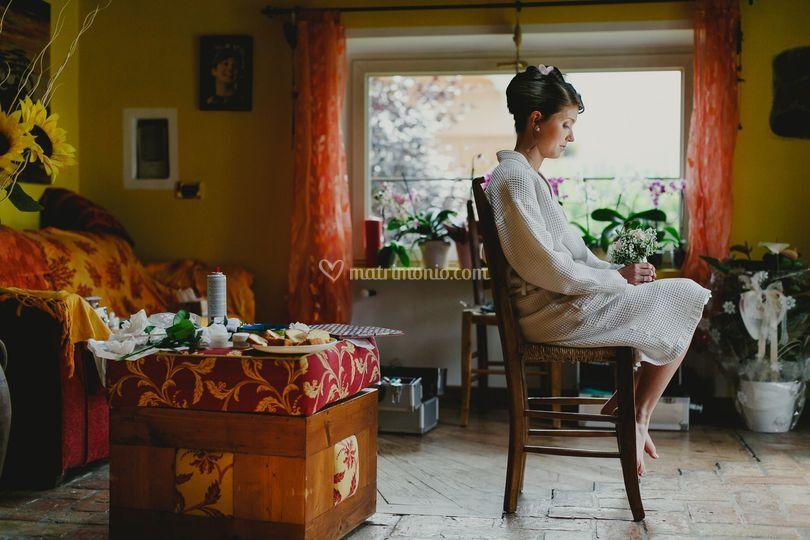 Sposa getting ready