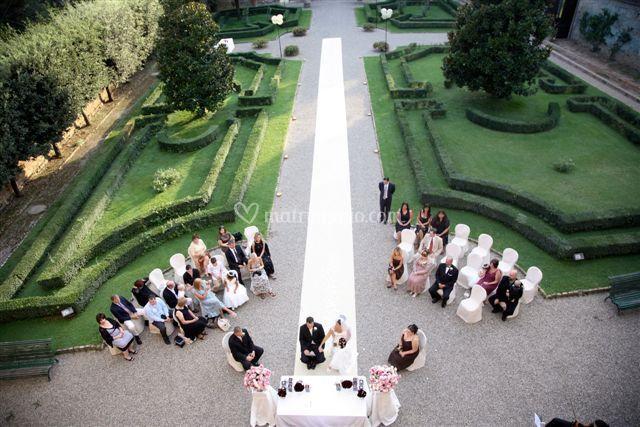 Cerimonia in giardino
