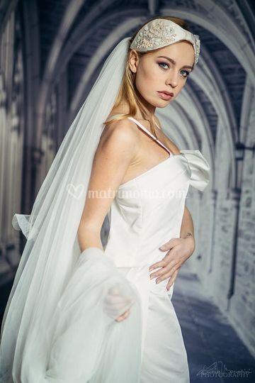 20b89c78a61f Ottoman di seta di Foglio Bianco Abiti da Sposa