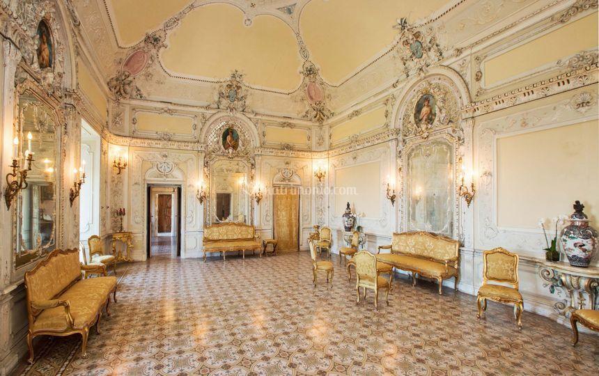 Sala degli specchi di castello di tabiano foto 21 - Sala degli specchi ...