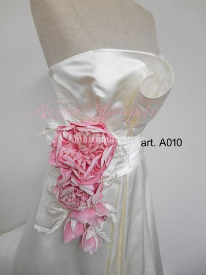 Alessia Staropoli - Silk Flowers Artist