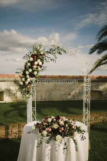 Arco matrimoniale con olivo