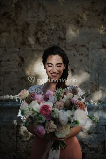 Grace e il suo bouquet
