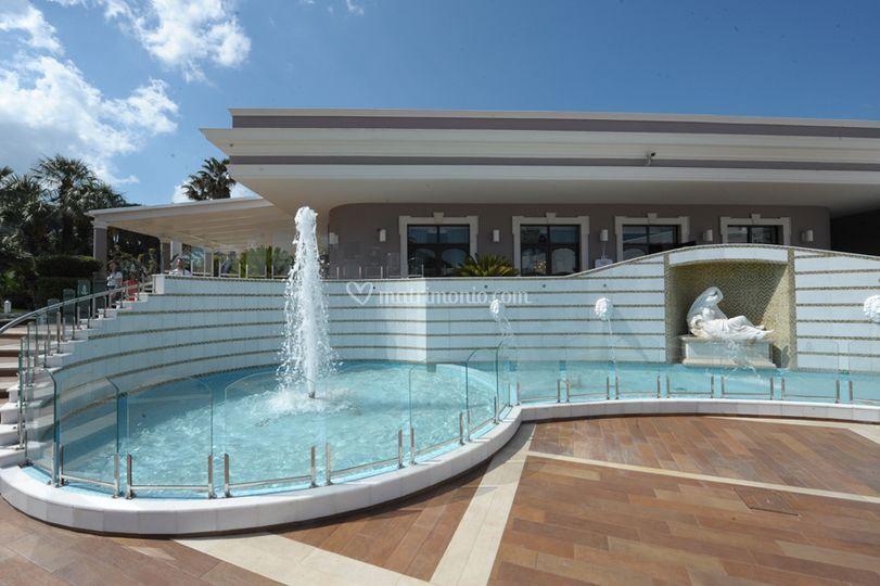 Ricevimenti in piscina di villa florio ricevimenti foto 35 for Addobbi piscina per matrimonio