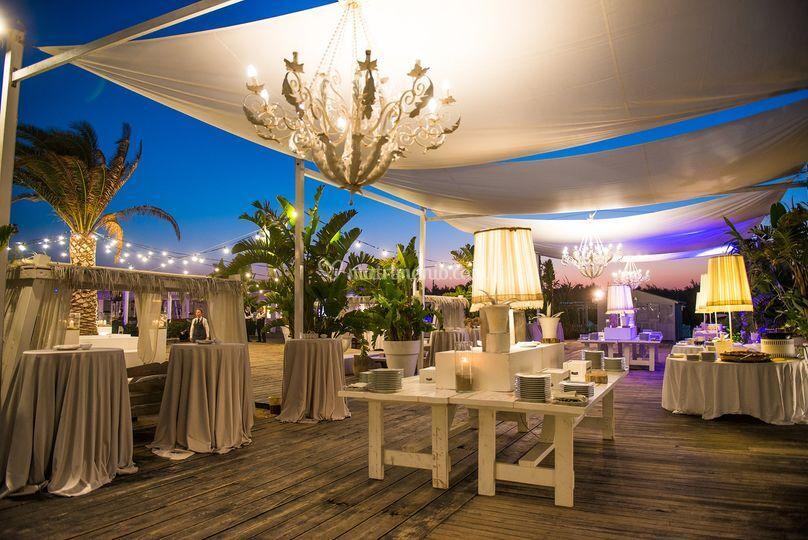 Matrimonio Spiaggia Bari : Coccaro beach stelle lusso