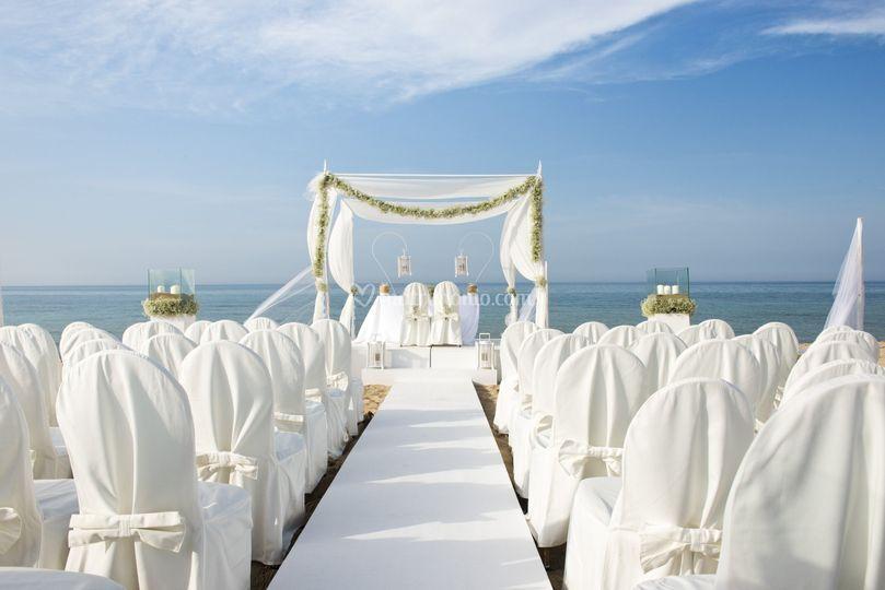 Matrimonio Spiaggia Monopoli : Coccaro beach stelle lusso