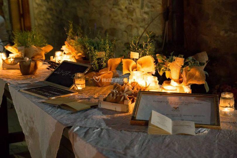 Tavolo con aromatiche