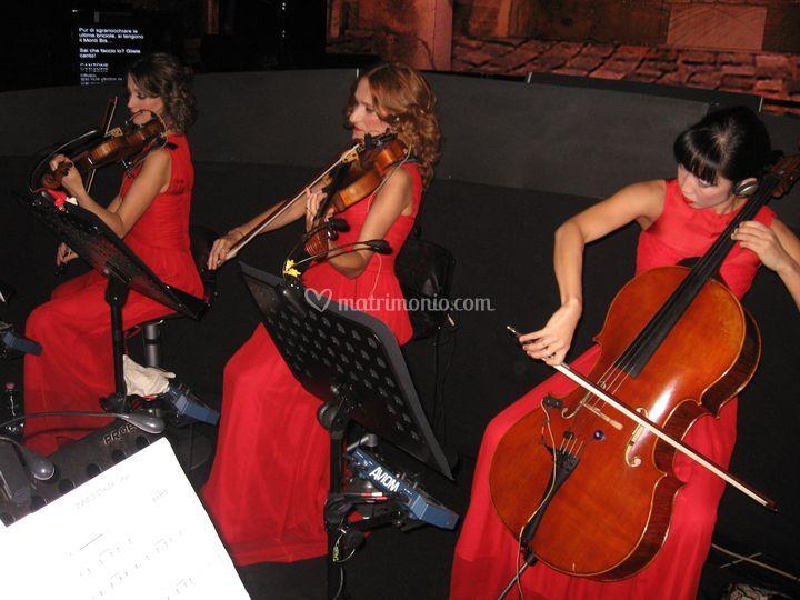 Trio d'archi in TV da Crozza