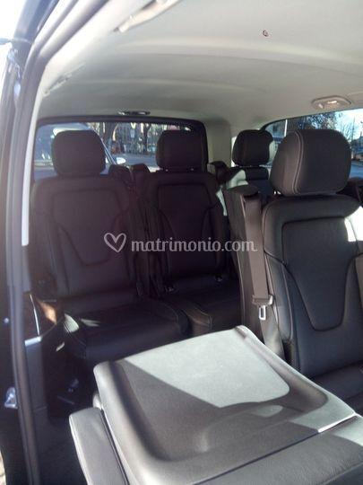 Minivan, Interni