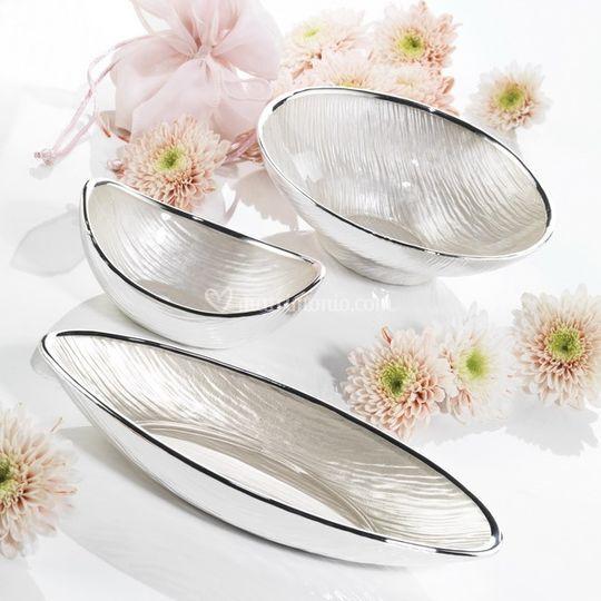 Vetro decorato, ricoperto da una lamina in puro argento