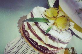 Naked cake all' ananas
