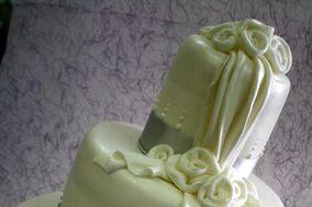 Ribbon rose wedding cake