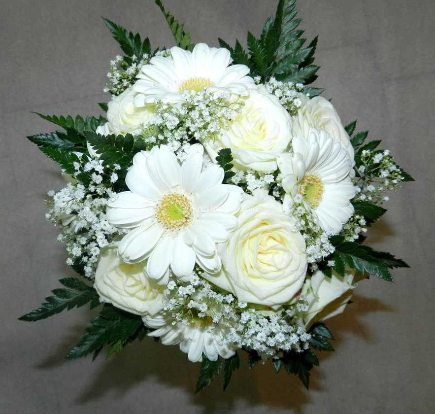 Bouquet Sposa Gerbere.Bouquet Rose E Gerbere Di Fioreria Il Girasole Foto 1