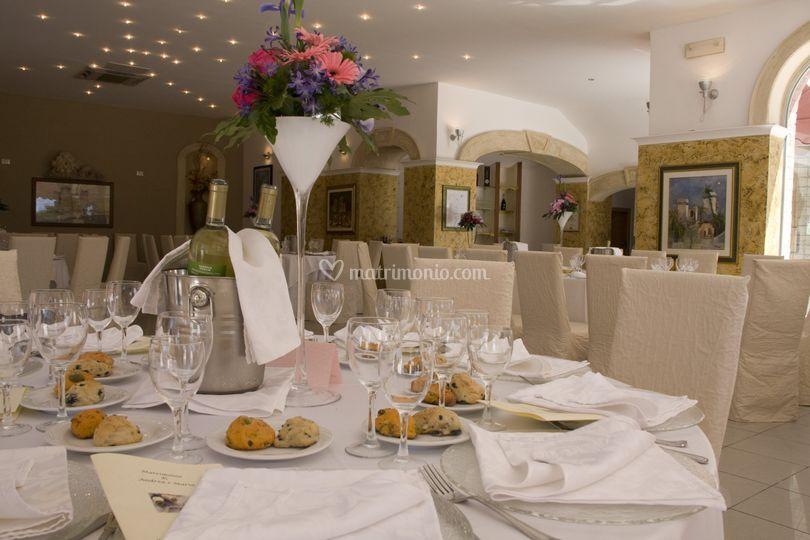 Tavolo invitati di oasi quattro colonne foto 50