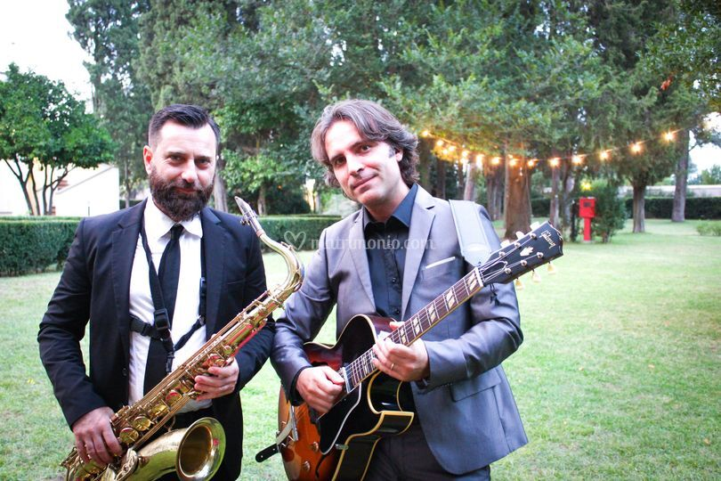 Trio con sax chitarra e voce