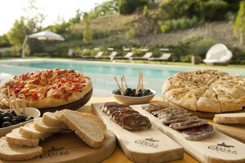 Assisi resort - La tavola dei cavalieri ...