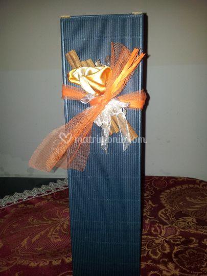 Bomboniera blu e arancio