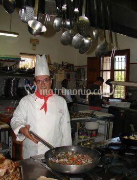 Hotel l 39 antico borgo - Ristorante borgo antico cucine da incubo ...