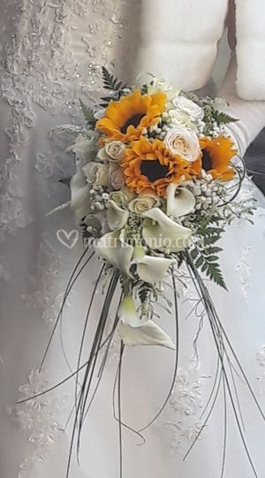 Bouquet girasoli calle rose