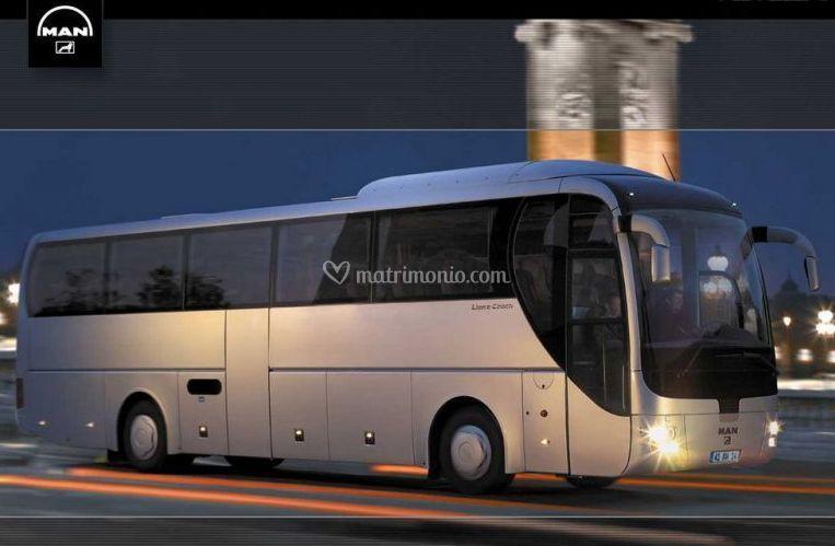 Autobus Man 53 posti