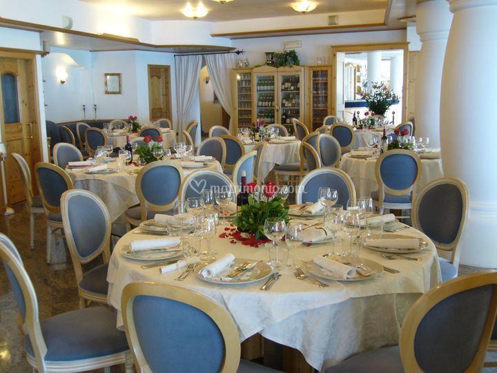 Ristorante laguna - Tavoli rotondi per catering ...