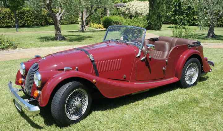 Classy Car by Giudoca