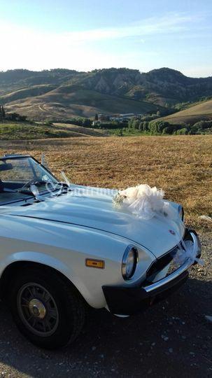 Fiat 124 Spider con coccarda